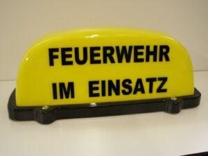 Feuerwehr Dachaufsetzer FEUERWEHR IM EINSATZ gelb-0