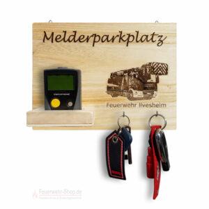Melderparkplatz DLK + Feuerwehr + Ortsname Personalisiert ca. 30x20x8cm, Holz